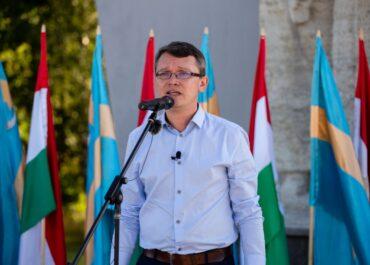 Az új magyar egységet méltatták kampányindítójukon az EMSZ vezetői